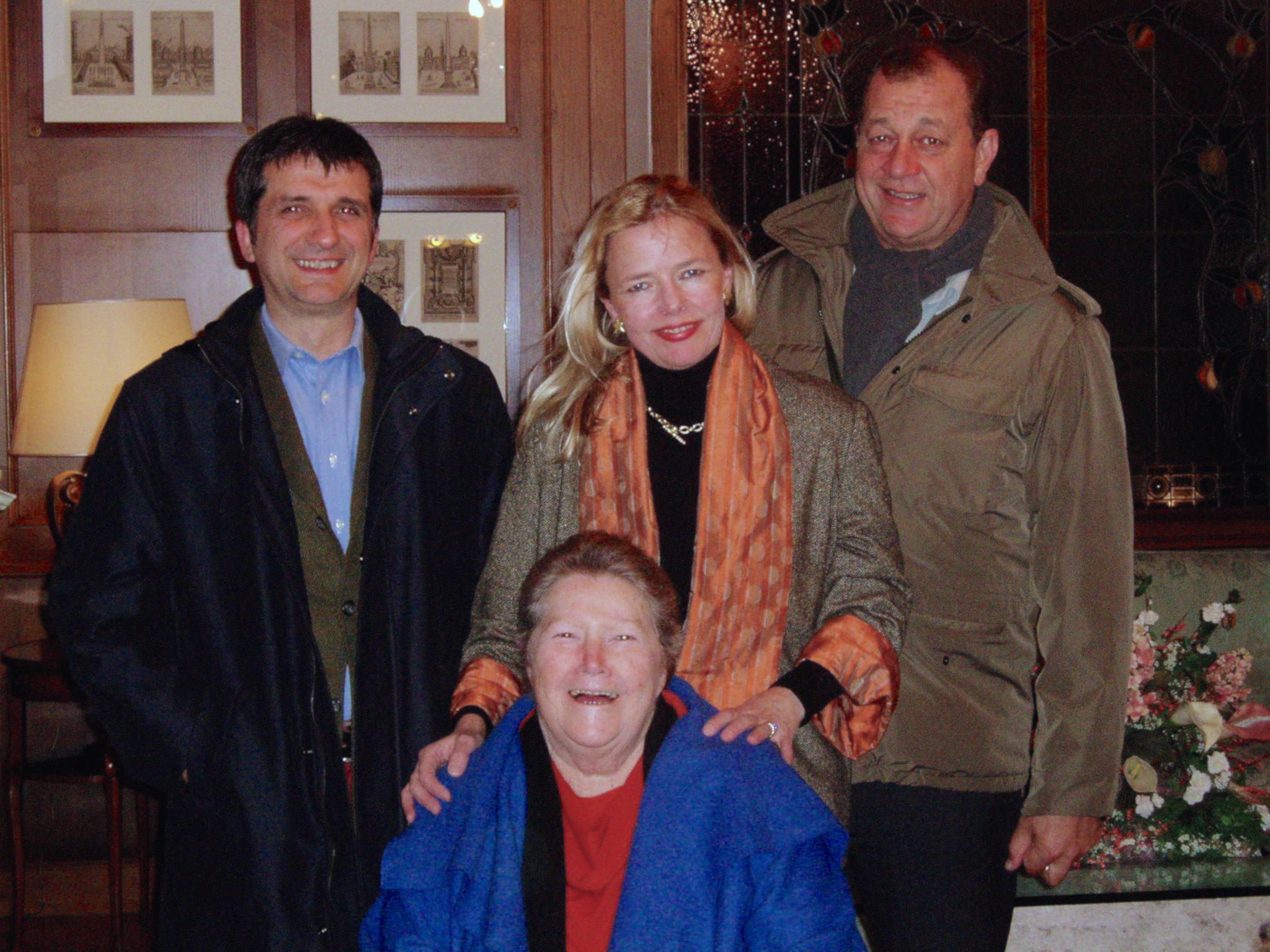 Gloria, Col, Ric e Lauro